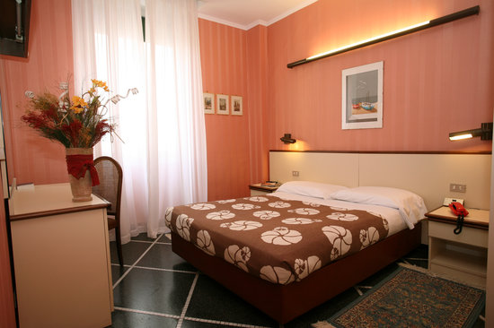 Hotel Vittoria Orlandini genoa