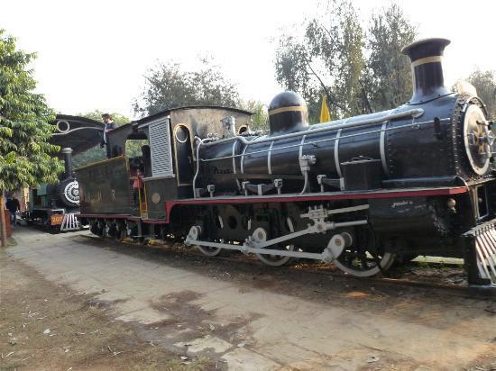 train engine picture of national rail museum new delhi tripadvisor