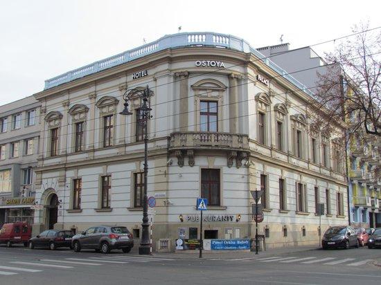 Ostoya Palace Hotel : Ostoya Palace - Streetside