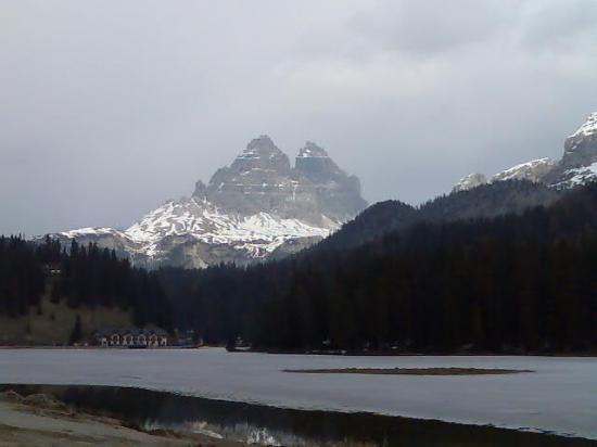 Hotel Christof: Le Tre Cime di Lavaredo ed il Lago di Misurina ghiacciato