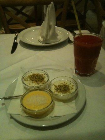 Assaha Lebanese Restuarant: Mixed Puddings Dessert (Mouhallabia, Riz Bhalib, Moghli)