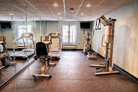 Clarion Inn & Suites Virginia Beach: Fitness Center