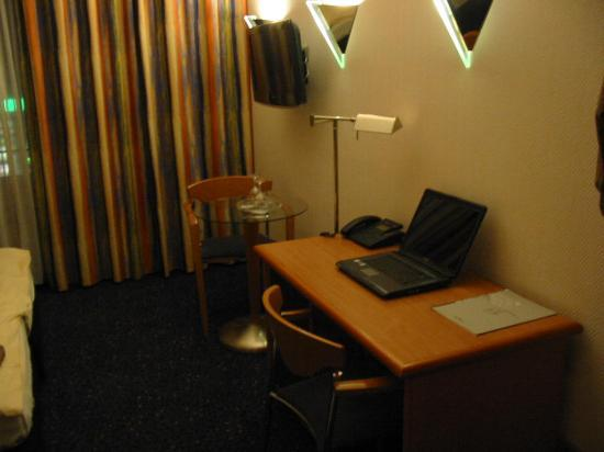 Insel Hotel : Escritorio