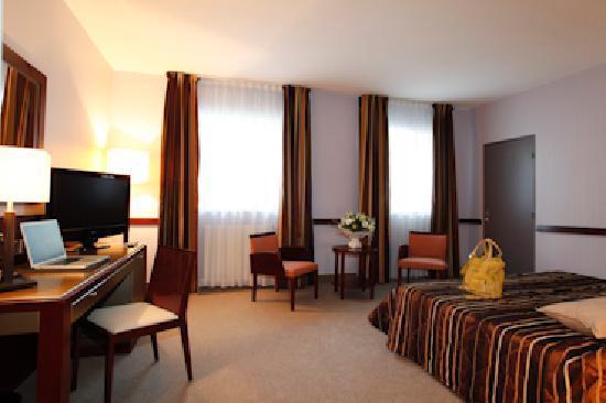 Couvent des minimes alliance lille hotel france voir for Chambre 507 avis