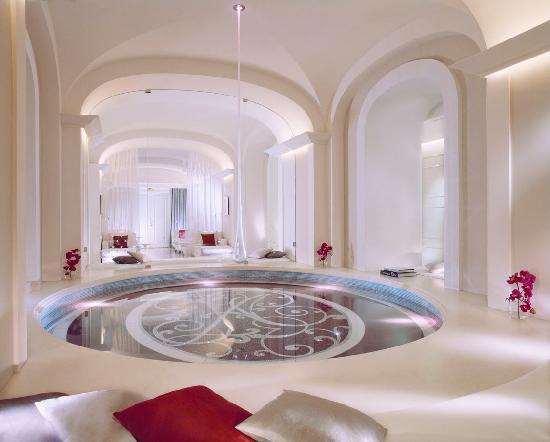 Hôtel Plaza Athénée: Dior Institut