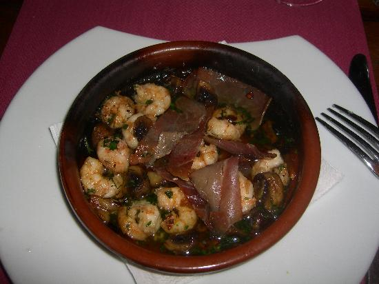 Finca de las Salinas : Garlic prawns to whet your appetite