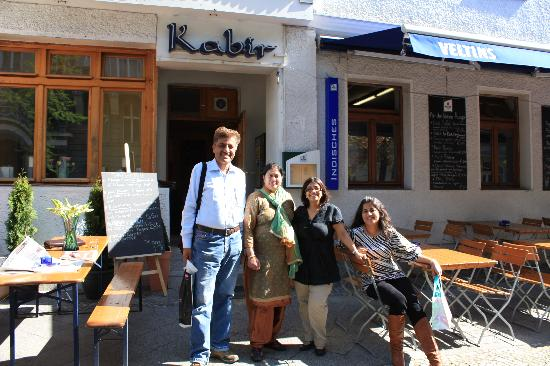 "Hotel Am Savignyplatz : Very good Indian restaurant ""Kabir"" walking distance from this Hotel"
