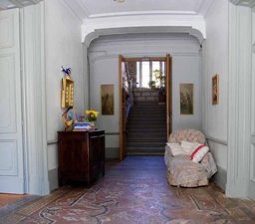 Chateau de Saint Michel de Lanes: Entrée