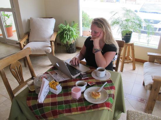 Hosteria Miramar: Breakfast