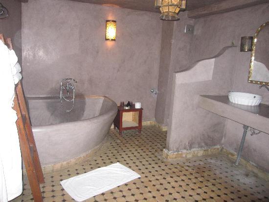 Riad Jamai: la salle de bains