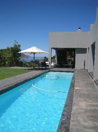 Platinum Guesthouse: Der Pool!