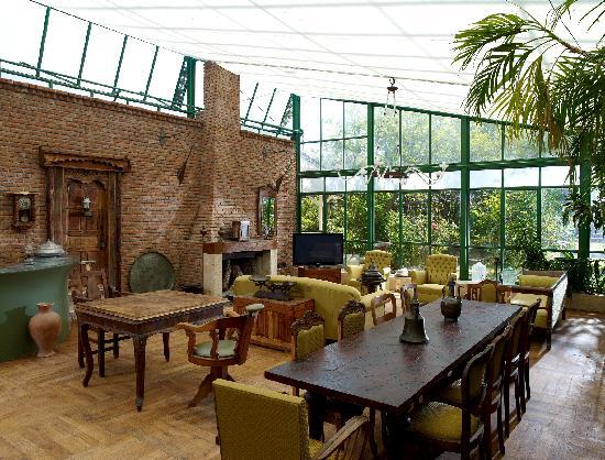 Olympos Lodge: Winter Garden