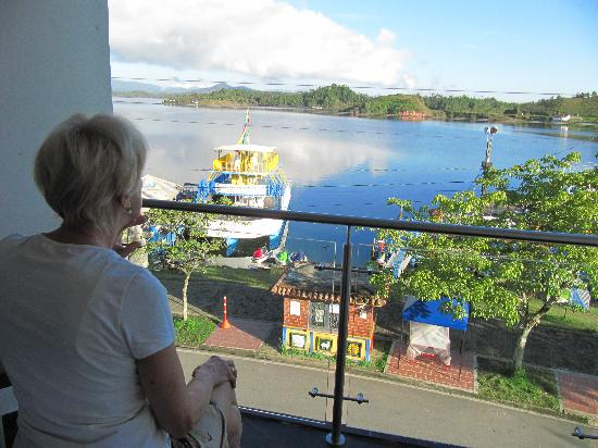 Hotel Portobelo Guatape: vista da camera sulle lagune