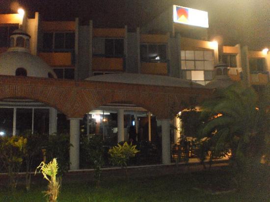Costa Sol Hotel y Villas: Lobby del hotel