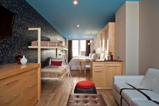 TRYP HOTEL NYC - Times Square South by Wyndham: Family Room