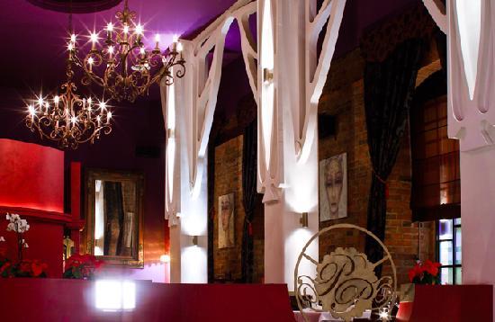 Porto Praga Global Food & Wines: Dining room
