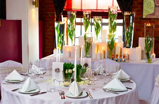 Porto Praga Global Food & Wines: Table setting