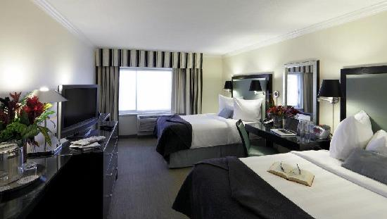 Crowne Plaza Hotel Boston - Natick : Double Bed Size Room