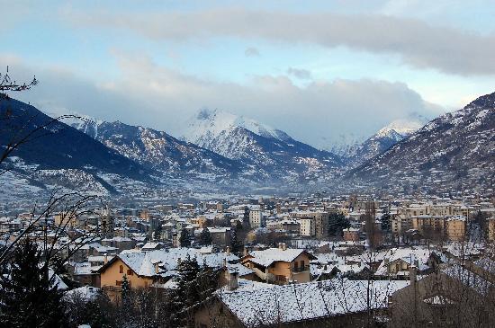Il panorama di aosta dall 39 albergo picture of hotel for Design hotel valle d aosta