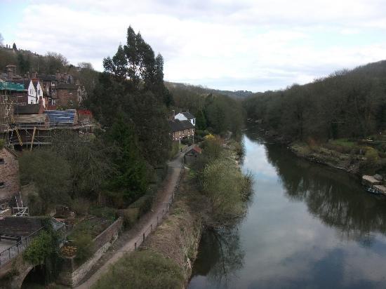 The Iron Bridge and Tollhouse: ironbridge