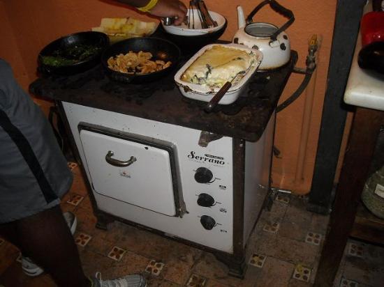 Pitanga : Alter Ofen, hübsch angerichtet