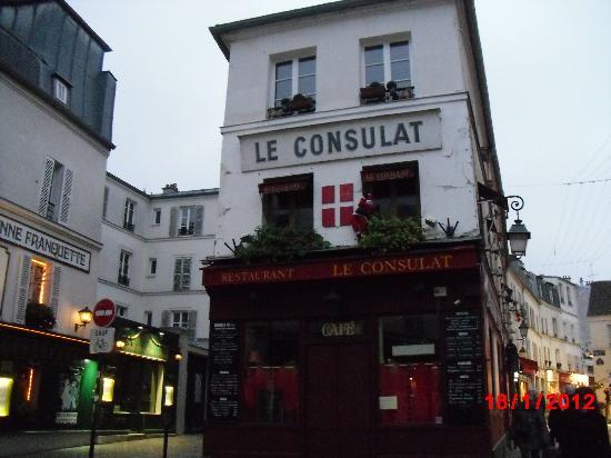Comfort Hotel Place du Tertre: Cercanias 2