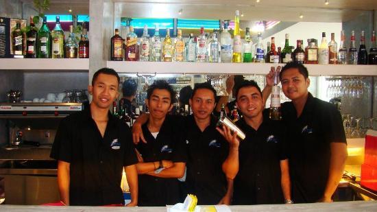 Pavone : bar staff is friendly