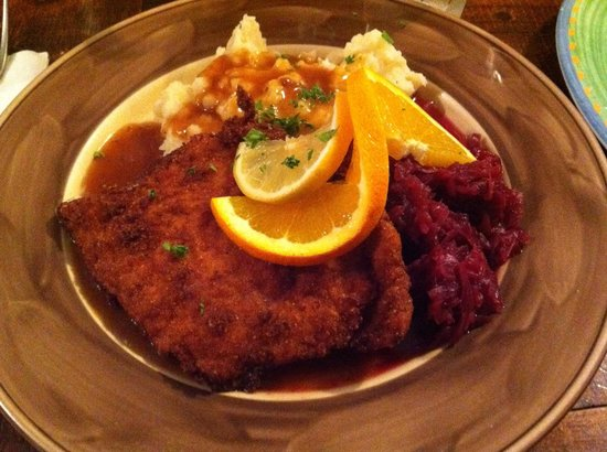 Old Castle Tavern: Cordon Bleu