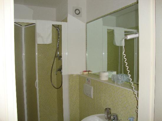 لي ستانز دي ميديتشي: baño en la habitación