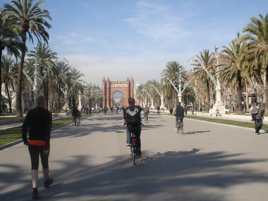 Barcelona CicloTour : Arc de Triomf
