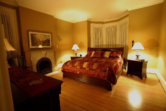 Woodfield Bed & Breakfast: Dufferin Room