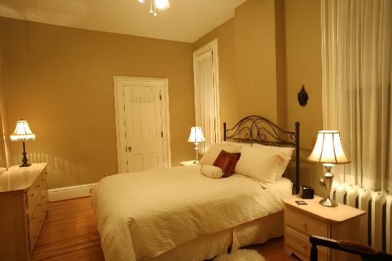 Woodfield Bed & Breakfast: West Room