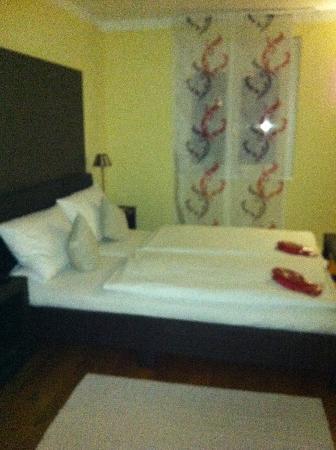 BoardingHouse Heidelberg: Studio Queen sized bed