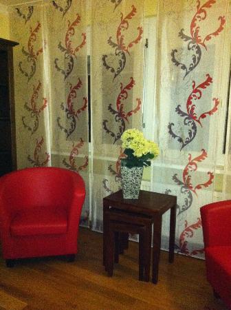 BoardingHouse Heidelberg: Modern decor and very spacious
