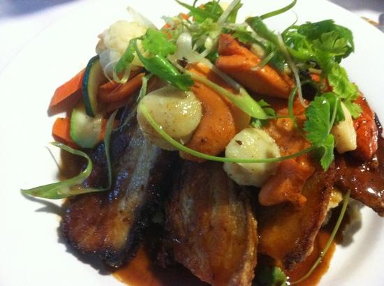 Bishops Lodge Motor Inn: Pork Belly and Scollops was great.