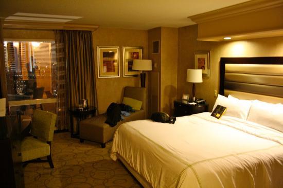 Treasure Island - TI Hotel & Casino: Nice rooms