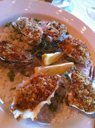 Ledford House: Baked Oysters