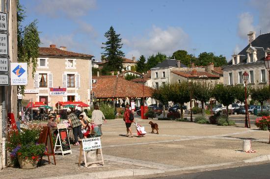 Charroux (Vienne) #