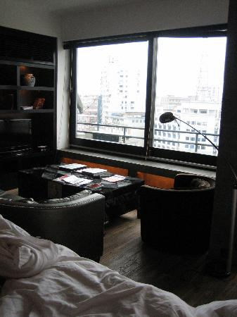 CHAI Living Serviced Apartments : calm retreat from the big city