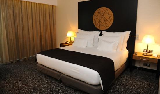 EPIC SANA Luanda Hotel: bed