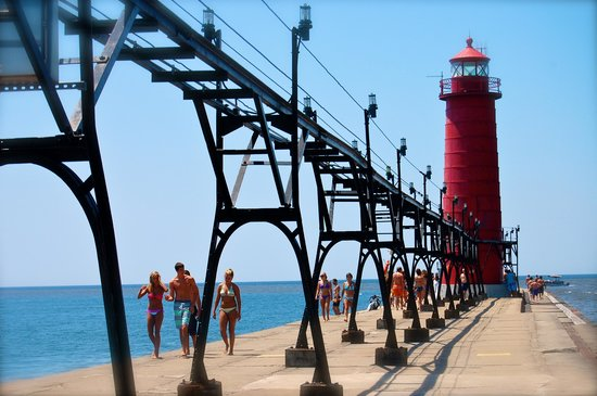 Grand Haven, MI: The lighthouse...