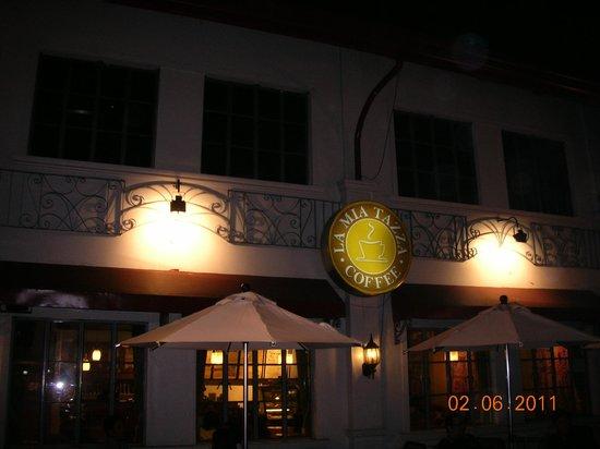 La Mia Tazza Coffee: facade of  coffeeshop
