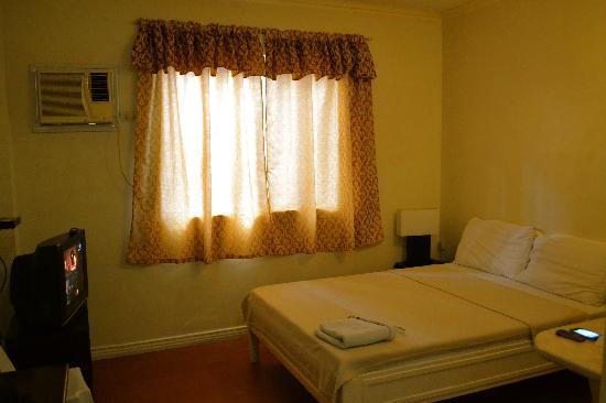 Park Hill Hotel Mactan: room