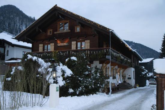 Traunbachhäusl: Winteridylle Februar 2012
