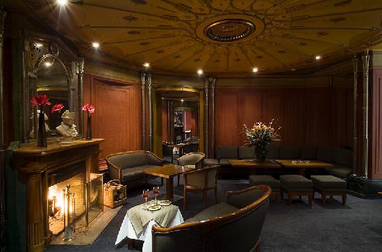 hotel napoleon prices reviews fontainebleau france. Black Bedroom Furniture Sets. Home Design Ideas