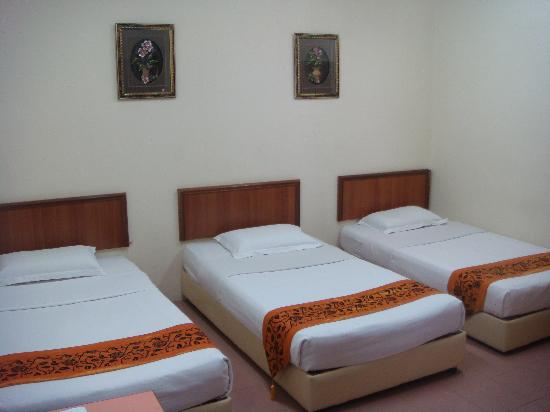 KT Beach Resort Deluxe Room (3 Adults)