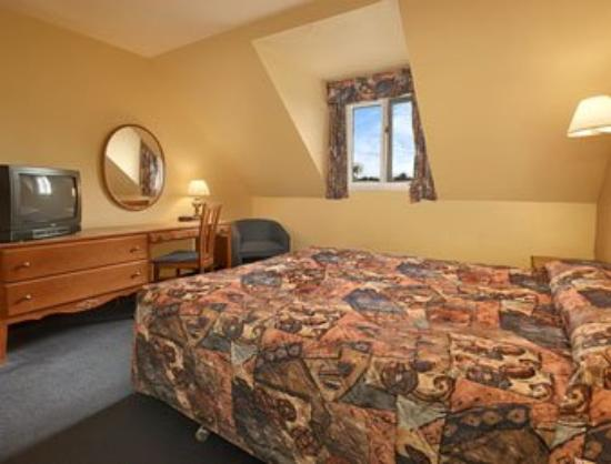 Auberge des Carrefours: Guest Room