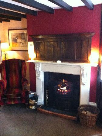 The Old Hall Hotel : Hall Fireplce