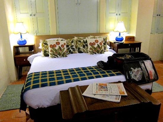 23 Love Lane: Indian Shophouse - King Bed