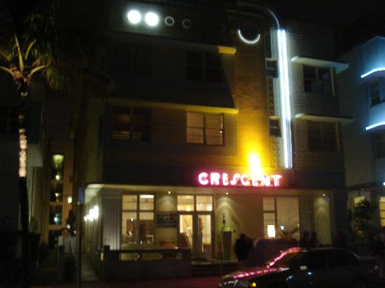 Crescent Resort On South Beach : a legend